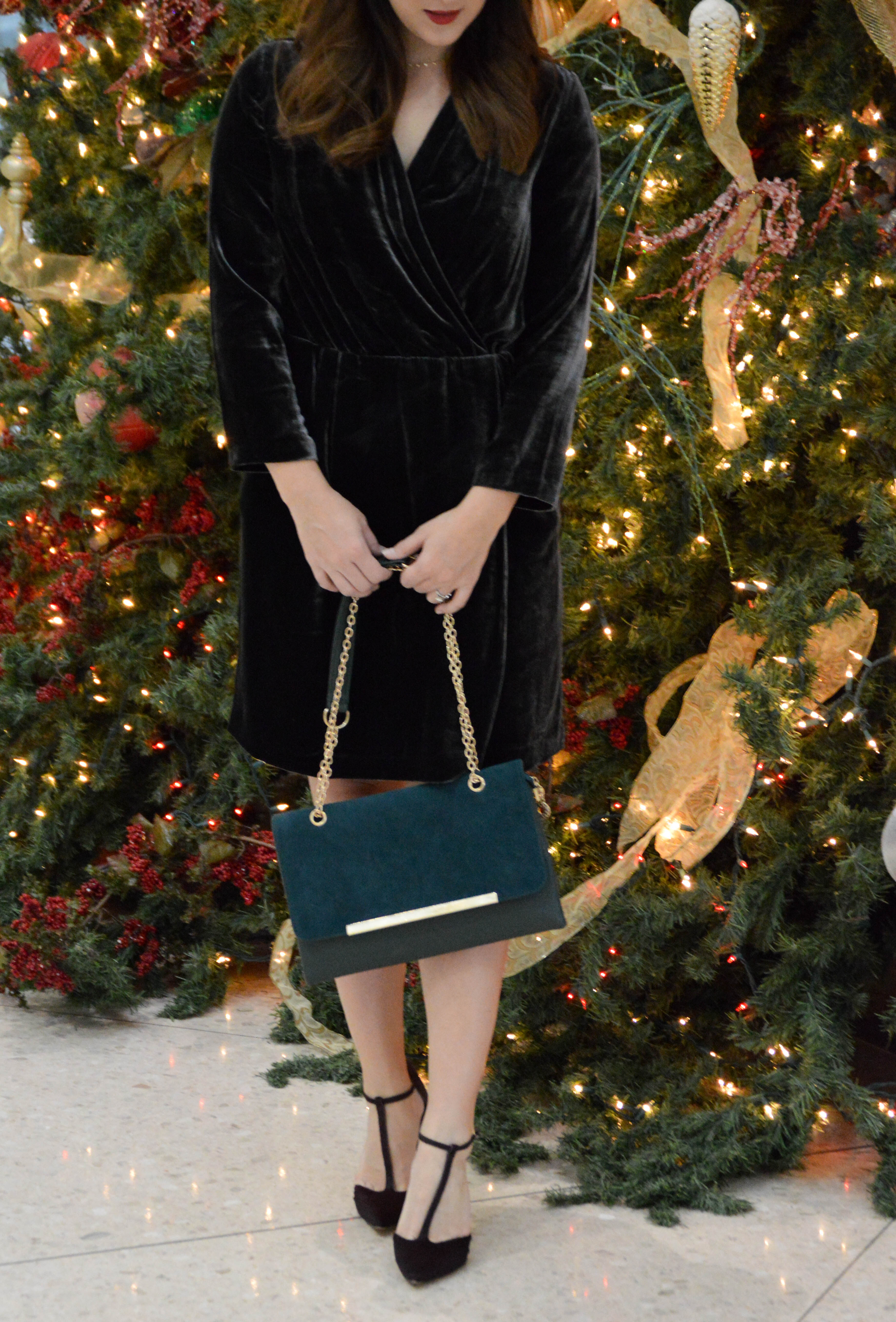 Banana Republic velvet dress - holiday fashion - Agnes Wright Blog